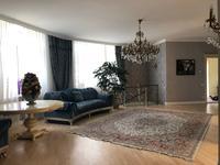6-комнатный дом, 400 м², 20 сот.