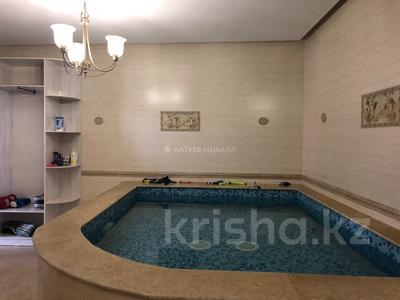 6-комнатный дом, 400 м², 20 сот., Оспанова за 300 млн 〒 в Алматы — фото 19