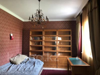 6-комнатный дом, 400 м², 20 сот., Оспанова за 300 млн 〒 в Алматы — фото 20