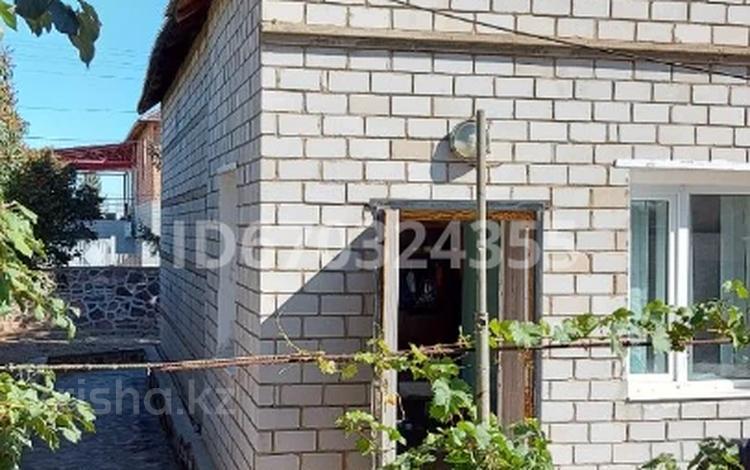 5-комнатный дом, 180 м², 10 сот., Жамбыла за 32 млн 〒 в Жезказгане