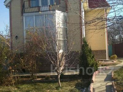 4-комнатный дом посуточно, 120 м², 6 сот., Кыргаулды, со Торпедо 66 — Вишнёвая за 25 000 〒 в Алматы