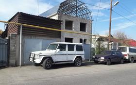 10-комнатный дом, 500 м², 9 сот., Лазарева 28 — Жандосова за 80 млн 〒 в Алматы, Ауэзовский р-н