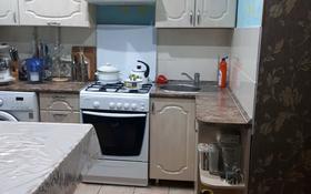 4-комнатная квартира, 68 м², 1/5 этаж, 9-й микрорайон за 17.5 млн 〒 в Костанае