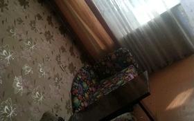 2-комнатная квартира, 46 м², 4/5 этаж, мкр Пришахтинск, 21й микрорайон 20 за ~ 8.3 млн 〒 в Караганде, Октябрьский р-н