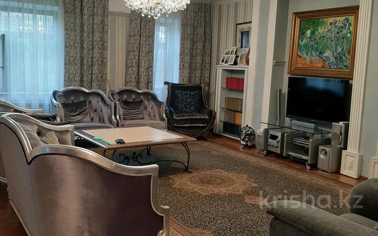 7-комнатный дом, 330 м², 11 сот., мкр Таусамалы, Мереке 5 — Мереке за 111 млн 〒 в Алматы, Наурызбайский р-н