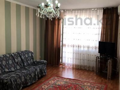 2-комнатная квартира, 65 м², 6/9 этаж помесячно, Баймуханова 45а за 150 000 〒 в Атырау
