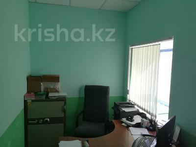 Офис площадью 72.7 м², Омарова 12 — Пересечение Курманбаева за 9.8 млн 〒 в Жезказгане — фото 4