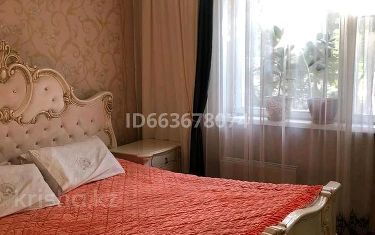 3-комнатная квартира, 66 м², 2/5 этаж, Аса 11 за 16.5 млн 〒 в Таразе