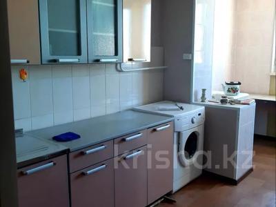 3-комнатная квартира, 70 м², 2/5 этаж помесячно, 28А мкр, 28А мкр 7 за 100 000 〒 в Актау, 28А мкр — фото 6
