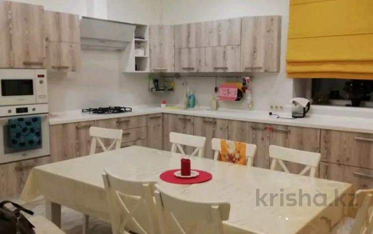 4-комнатный дом, 180 м², 5 сот., мкр Жана Орда за 53 млн 〒 в Уральске, мкр Жана Орда