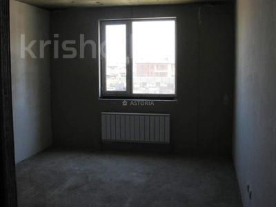 2-комнатная квартира, 60 м², 10/12 этаж, мкр Акбулак — 1-я ул за 18.2 млн 〒 в Алматы, Алатауский р-н — фото 2