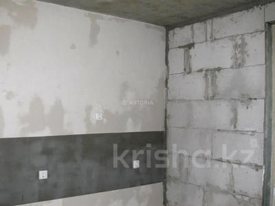2-комнатная квартира, 60 м², 10/12 этаж, мкр Акбулак — 1-я ул за 18.2 млн 〒 в Алматы, Алатауский р-н — фото 6