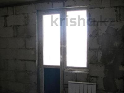 2-комнатная квартира, 60 м², 10/12 этаж, мкр Акбулак — 1-я ул за 18.2 млн 〒 в Алматы, Алатауский р-н — фото 7