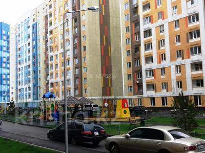2-комнатная квартира, 60 м², 10/12 этаж, мкр Акбулак — 1-я ул за 18.2 млн 〒 в Алматы, Алатауский р-н