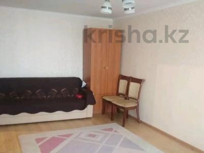 1-комнатная квартира, 35 м², 3/5 этаж, Желтоксан 49 за 10.3 млн 〒 в Нур-Султане (Астана), Сарыаркинский р-н — фото 2