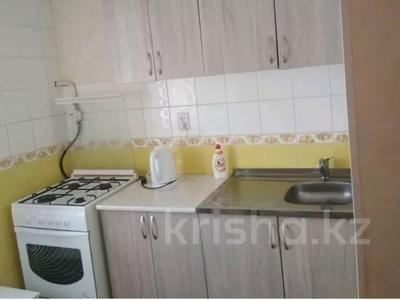 1-комнатная квартира, 35 м², 3/5 этаж, Желтоксан 49 за 10.3 млн 〒 в Нур-Султане (Астана), Сарыаркинский р-н — фото 3