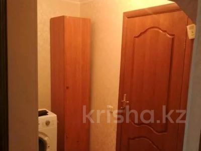 1-комнатная квартира, 35 м², 3/5 этаж, Желтоксан 49 за 10.3 млн 〒 в Нур-Султане (Астана), Сарыаркинский р-н — фото 7
