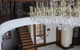 7-комнатный дом помесячно, 420 м², 15 сот., Наурызбайский р-н, мкр Калкаман-2 за 1 млн 〒 в Алматы, Наурызбайский р-н