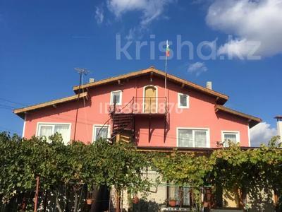 5-комнатный дом, 200 м², 9 сот., Болгария с. Соколово за 43 млн 〒 в Добриче — фото 43