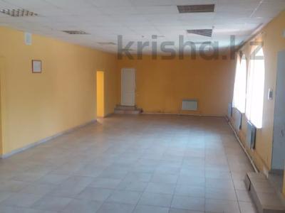 Здание, площадью 390 м², 4 мкр 30/1 за 45 млн 〒 в Уральске — фото 4