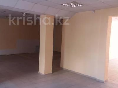 Здание, площадью 390 м², 4 мкр 30/1 за 45 млн 〒 в Уральске — фото 8