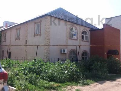 Здание, площадью 390 м², 4 мкр 30/1 за 45 млн 〒 в Уральске — фото 2