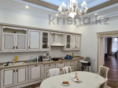 8-комнатный дом, 1100 м², 32 сот., Арайлы 555 за 1.3 млрд 〒 в Алматы, Бостандыкский р-н — фото 16
