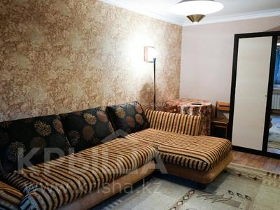 1-комнатная квартира, 30 м², 3/4 этаж посуточно, Наурызбай Батыра 148 — Абая за 8 995 〒 в Алматы, Алмалинский р-н