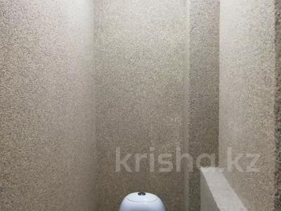 4-комнатная квартира, 80 м², 3/5 этаж, Ул.Болатбаева за 15.7 млн 〒 в Петропавловске — фото 7