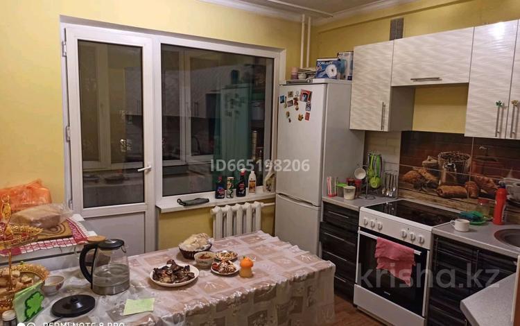2-комнатная квартира, 48 м², 3/5 этаж, улица Машиностроителей 10 за 13 млн 〒 в Усть-Каменогорске