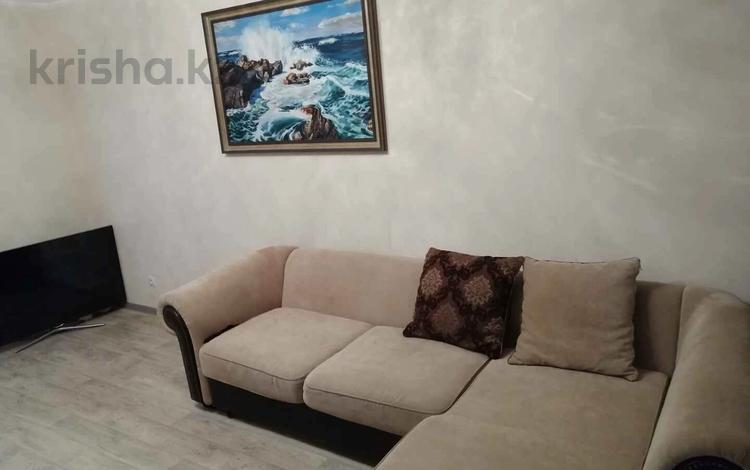 3-комнатная квартира, 80 м², 6/7 этаж, Туркестан 30 за 36.5 млн 〒 в Нур-Султане (Астана), Есиль р-н