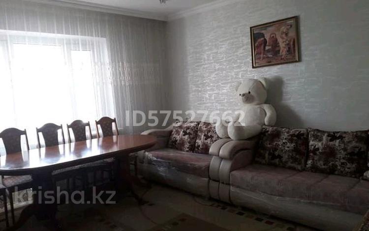 2-комнатная квартира, 74 м², 4/5 этаж, Ердена 223 за 8 млн 〒 в Сатпаев