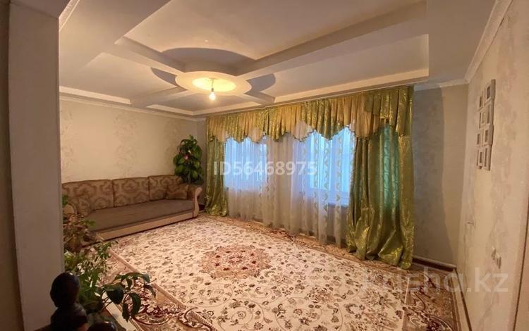5-комнатный дом, 160 м², 4 сот., Кулымбетов — Конаев за 25 млн 〒 в Актобе, Старый город