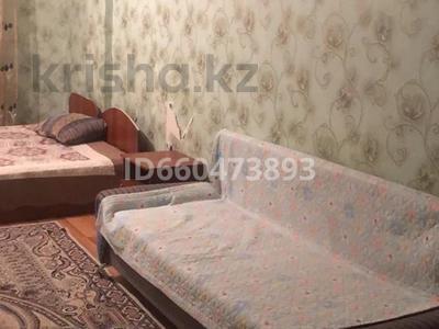 1-комнатная квартира, 65 м², 13/18 этаж помесячно, улица Туркестан 2к3 за 120 000 〒 в Нур-Султане (Астана), Есиль р-н — фото 3