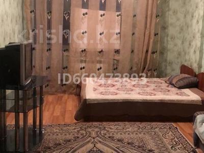 1-комнатная квартира, 65 м², 13/18 этаж помесячно, улица Туркестан 2к3 за 120 000 〒 в Нур-Султане (Астана), Есиль р-н — фото 4