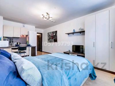 1-комнатная квартира, 54 м², 4/25 этаж посуточно, мкр 11 за 8 990 〒 в Актобе, мкр 11