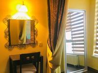 3-комнатная квартира, 140 м² помесячно