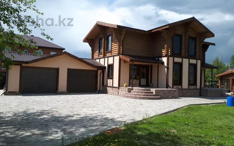 4-комнатный дом, 180 м², 30 сот., Улан 30 за 57 млн 〒 в Петропавловске