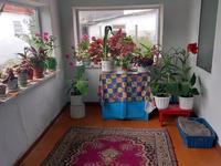 5-комнатный дом, 100 м², 9 сот., Володарского 8 за 8.5 млн 〒 в Караганде, Октябрьский р-н