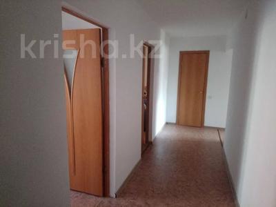 2-комнатная квартира, 71.6 м², 1/5 этаж, Уральская 30 — Ухабова за 12.5 млн 〒 в Петропавловске — фото 3