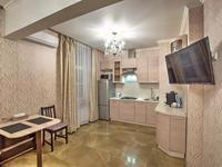2-комнатная квартира, 56 м², 5/12 этаж посуточно, мкр Самал-1 за 17 000 〒 в Алматы, Медеуский р-н