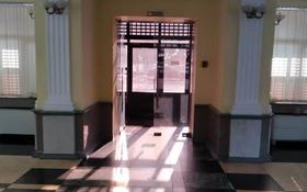Здание, Толе Би — проспект Сакена Сейфуллина площадью 4111 м² за 4 500 〒 в Алматы, Алмалинский р-н