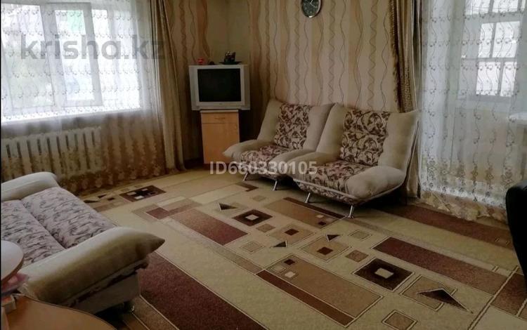 2-комнатная квартира, 50 м², 3/5 этаж, Амангельды — Амангельды - Дулатова за 12 млн 〒 в Костанае