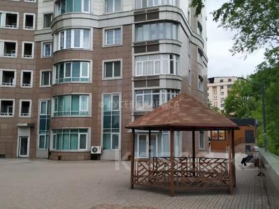 3-комнатная квартира, 121.6 м², 18/22 этаж, Достык — Мкр Самал-2 за 60 млн 〒 в Алматы, Медеуский р-н — фото 13