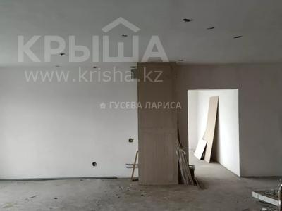 3-комнатная квартира, 121.6 м², 18/22 этаж, Достык — Мкр Самал-2 за 60 млн 〒 в Алматы, Медеуский р-н — фото 11