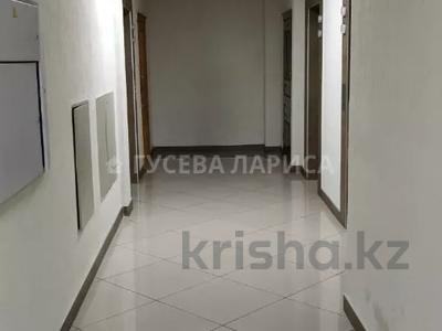 3-комнатная квартира, 121.6 м², 18/22 этаж, Достык — Мкр Самал-2 за 60 млн 〒 в Алматы, Медеуский р-н — фото 25