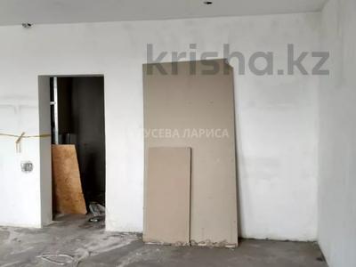 3-комнатная квартира, 121.6 м², 18/22 этаж, Достык — Мкр Самал-2 за 60 млн 〒 в Алматы, Медеуский р-н — фото 12