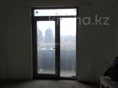 3-комнатная квартира, 121.6 м², 18/22 этаж, Достык — Мкр Самал-2 за 60 млн 〒 в Алматы, Медеуский р-н — фото 6