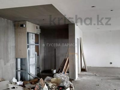 3-комнатная квартира, 121.6 м², 18/22 этаж, Достык — Мкр Самал-2 за 60 млн 〒 в Алматы, Медеуский р-н — фото 8