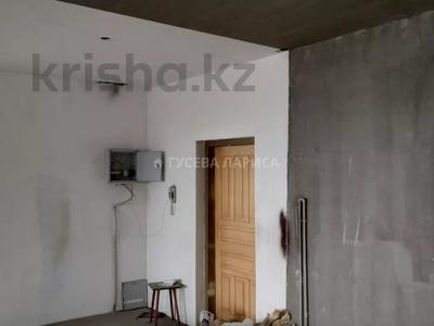 3-комнатная квартира, 121.6 м², 18/22 этаж, Достык — Мкр Самал-2 за 60 млн 〒 в Алматы, Медеуский р-н — фото 9